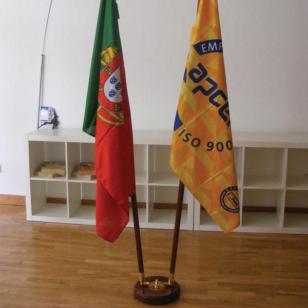 bdr bandeiras mastro interior madeira