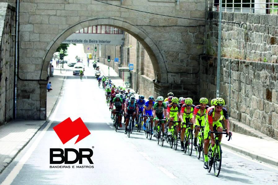 Em 2019 vamos pedalar com a equipa de ciclismo Efapel.
