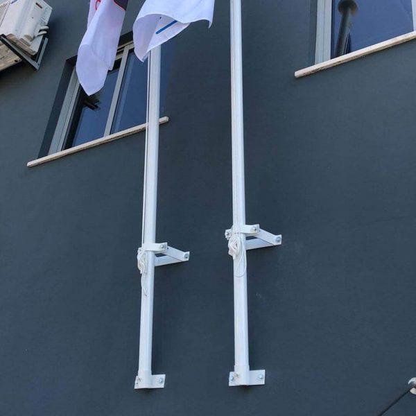 bdr-bandeiras-e-mastros-suporte-de-parede2