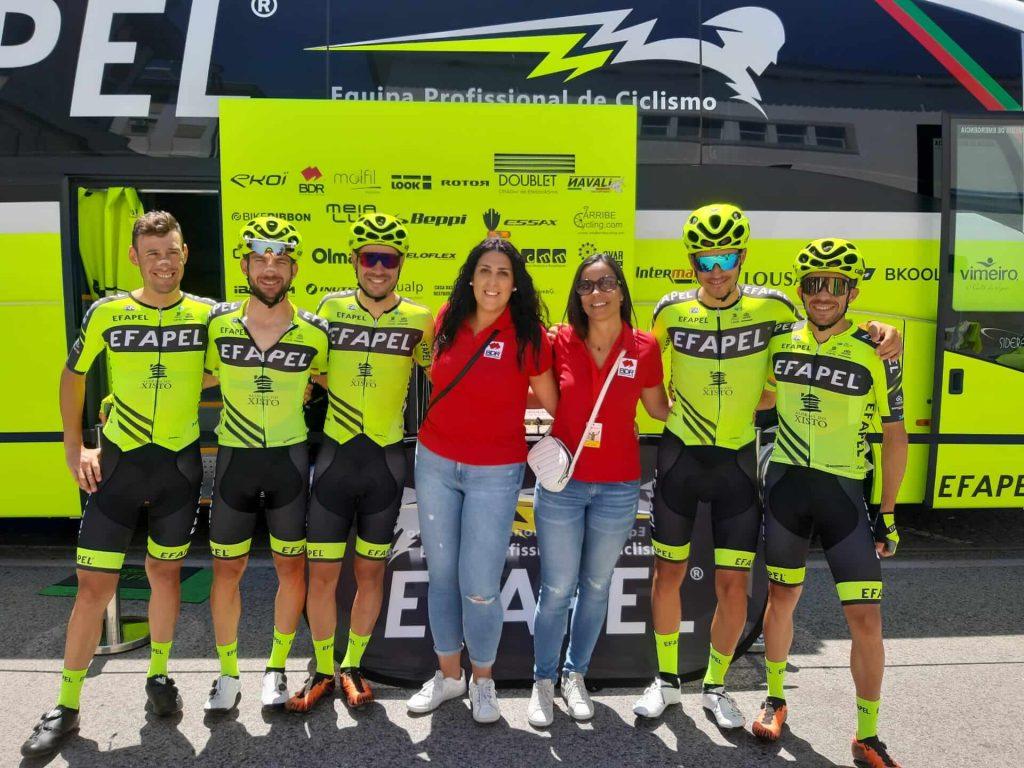 volta a portugal em bicicleta equipa efapel bdr bandeiras e mastros