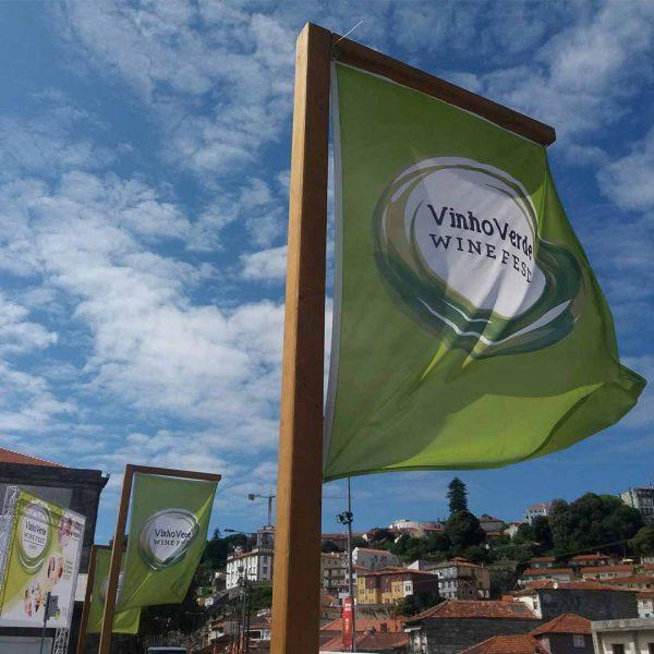 bdr-bandeiras-e-mastros-pendao-comunicacao-porto-wine-fest