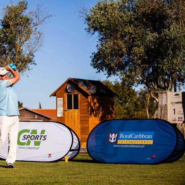 royal-caribbean-golf-trophy-cn-sports-baixa-bdr-bandeiras-e-mastros